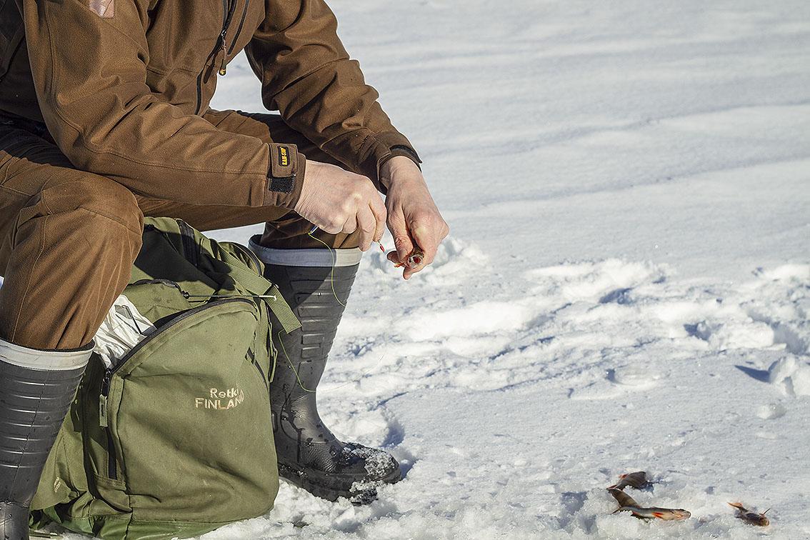 Lapin kalatalouskeskus huolehtii kalastajien neuvonnasta Lapin alueella.